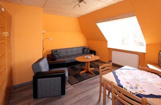 apparthotel garni an der ostsee in hohwacht direkt an der steilk ste gelegen. Black Bedroom Furniture Sets. Home Design Ideas